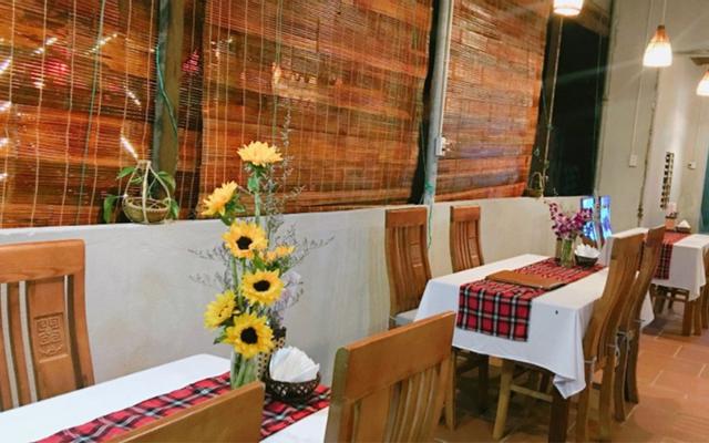 Simple Bar And Restaurant - Ẩm Thực Á Âu
