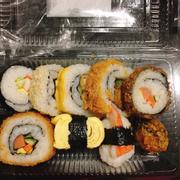 Sushi thập cẩm ngon cực ❤️