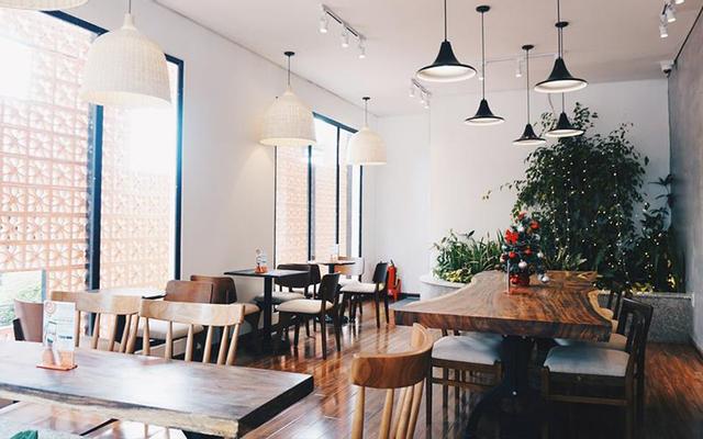 The Coffee House - Võ Thị Sáu