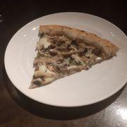Pizza 4 loại nấm