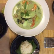 Cà ri xanh hải sản