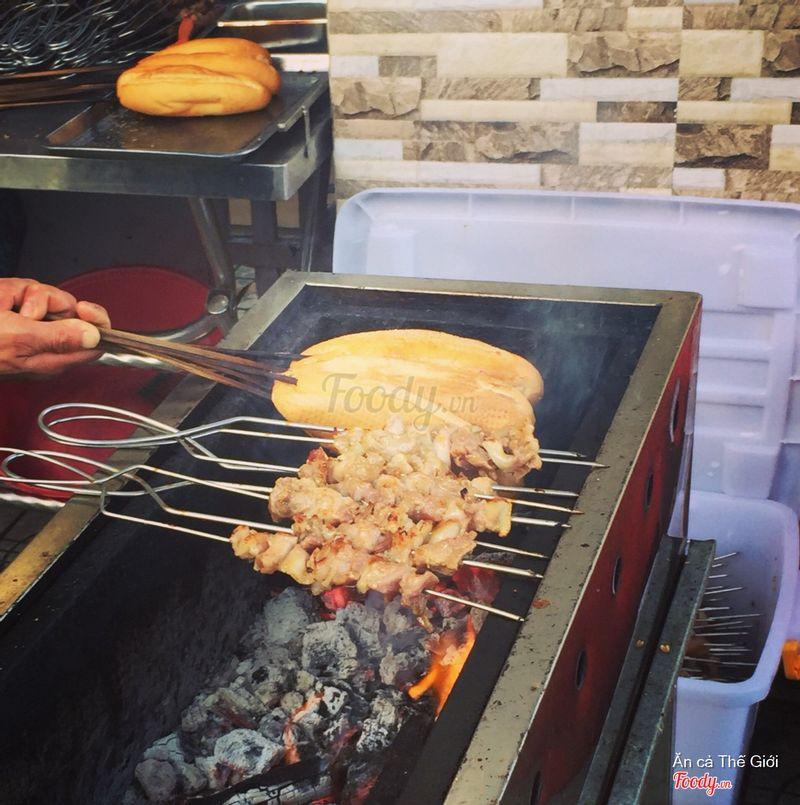 Bánh mì nướng Lạng Sơn.