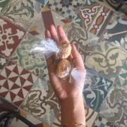 Bánh cookie dừa được tặng kèm