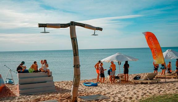 Kết quả hình ảnh cho Tham quan Sunset Sanato Beach Club
