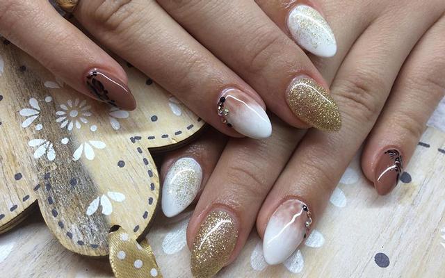 Sapphire Nails