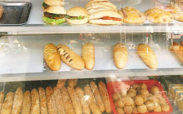 Đông Chiều - Bánh Mì & Bánh Ngọt