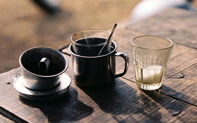 Hồng Quân Cafe & Milk Tea
