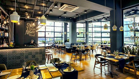 SHP Gourmet - Fusion Restaurant & Bar