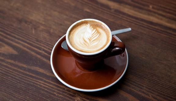 Mây Coffee - Cách Mạng Tháng 8