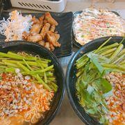 Lại mì hến, cơm cháy trứng, gà Đài Loan combo yêu thích của mình ❤❤