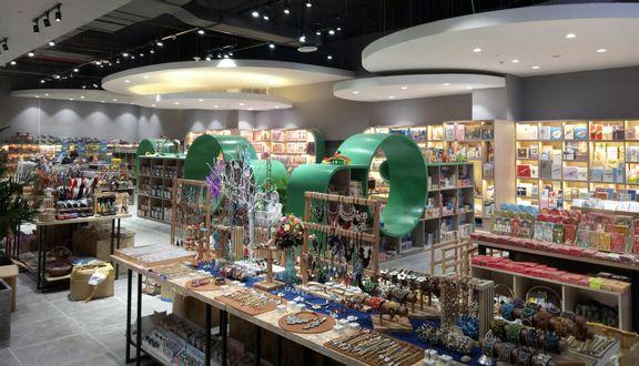 Phương Nam Book City - Vạn Hạnh Mall