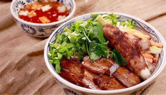 Viet Street - Món Ăn Đường Phố Việt Nam - Vincom Hạ Long