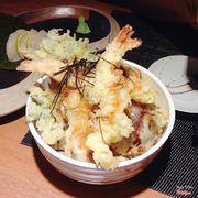 Cơm tempura hải sản