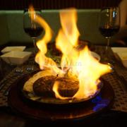 """Bò """"bốc lửa"""" - Golden Steak"""