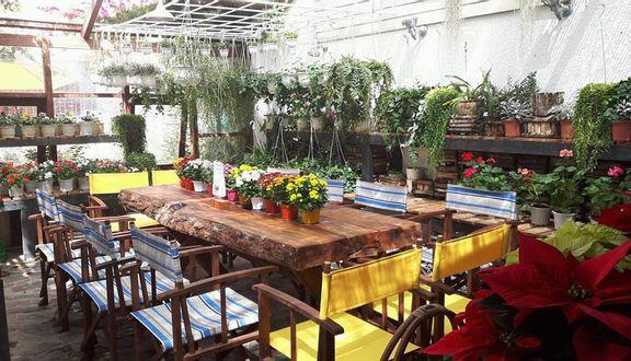 F Cánh Đồng Hoa Cafe