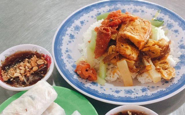 Cơm Chay Đạt - Nguyễn Văn Cừ