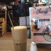 Capu đá - cũng bình thường như cà phê các quán ăn nói chung - không dở và cũng không nổi trội