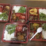 Cả nhóm mình order lên ăn, tranh thủ OT luôn :P tiện lợi,gọn gang.. com ngon! 5 sao :)))