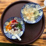 Chè khúc bạch + Sữa chua pho mai hoa quả