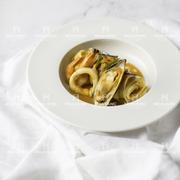 Mỳ Ý Sốt Tôm Hùm và Hải Sản