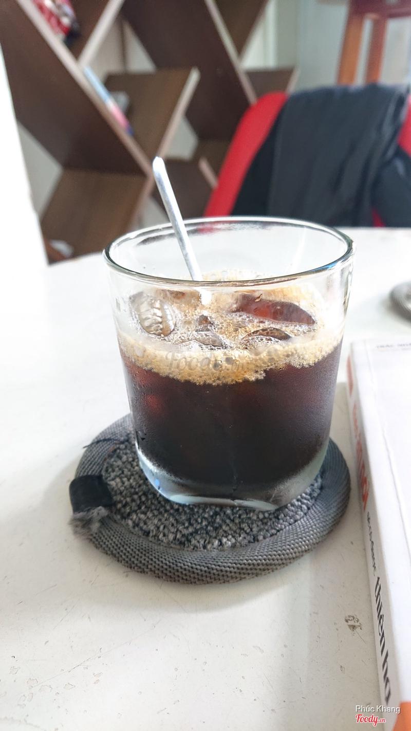Cafe đá ly nhỏ, nhưng chất lượng k nhỏ.