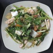 Mì xào mềm hải sản