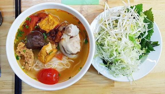 Bún riêu Bảo Lộc- món ngon dễ ăn