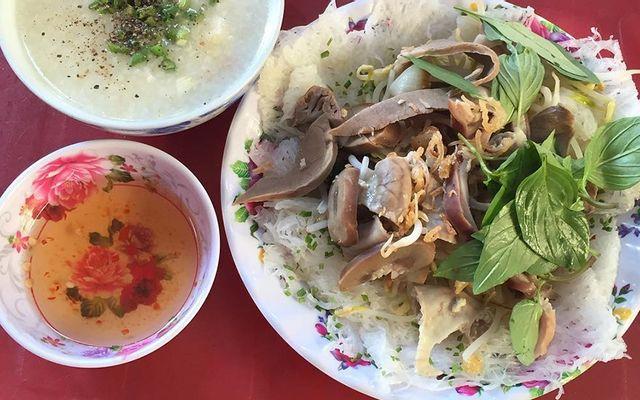 Bánh Hỏi Cháo Lòng - Nguyễn Công Hoan