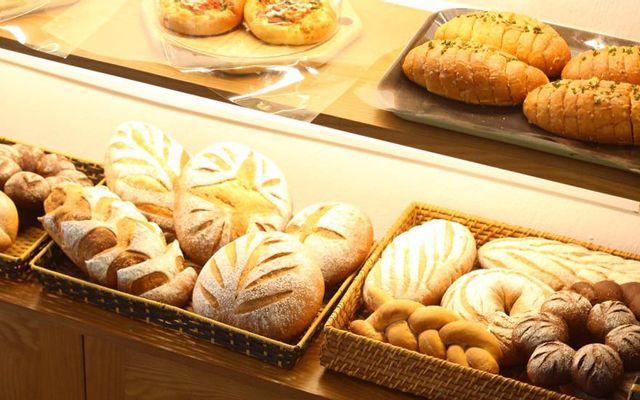P Moments Bakery