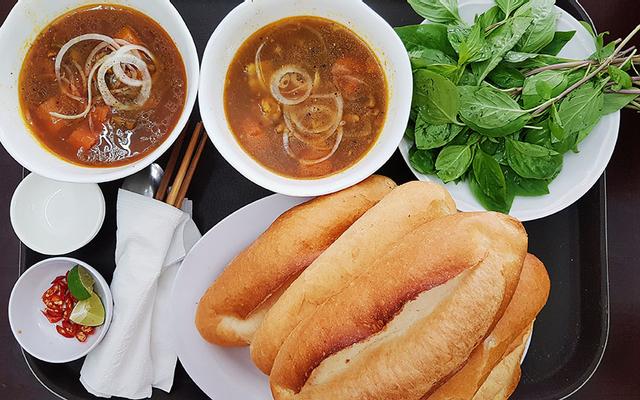 Bò Kho - Bún Riêu Phượng Lan