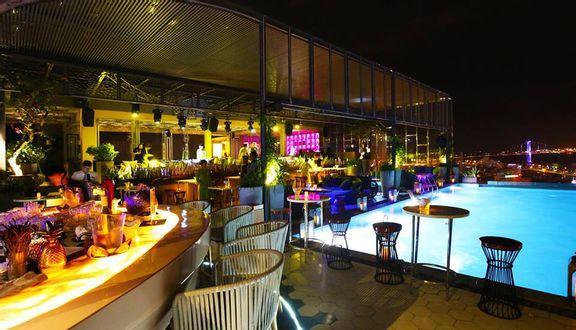 Sevva Sky Lounge - New Orient Hotel
