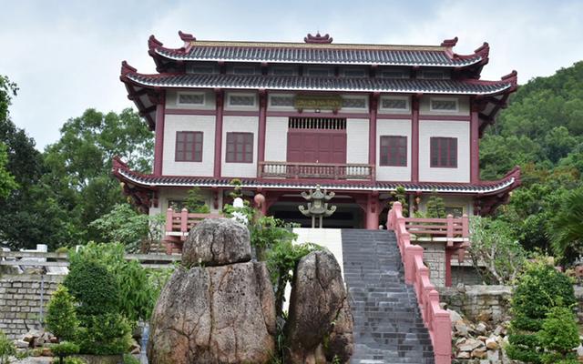 Chùa Linh Sơn Bửu Thiền