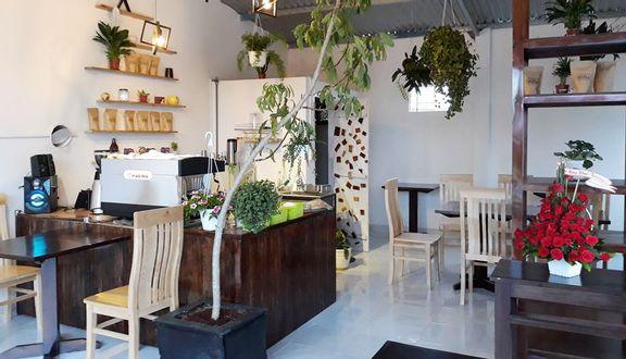 Lò Sấy Coffee Store