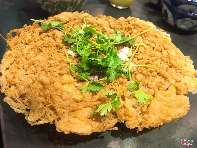 Trứng chiên giòn ( món này ăn khá lạ miệng , béo )