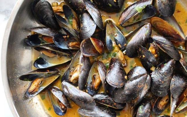 Vẹm Đen Sốt Bơ Tỏi Drunken Mussels - Shop Online