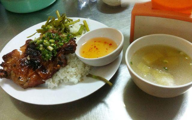 104 - Cơm Tấm, Cơm Gà Nướng & Bún Thịt Nướng