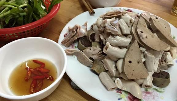Lòng Lợn Tiết Canh - Phú Đô