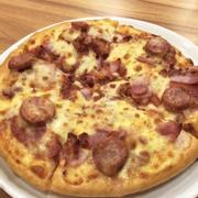 Pizza Thịt Nguội Kiểu Canada