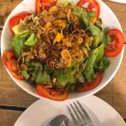 salad thịt ngụi