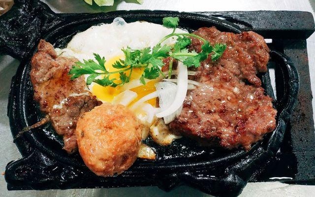 Bò Bit Tết Hoàng Yến