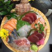 Phần cá hải sản sống