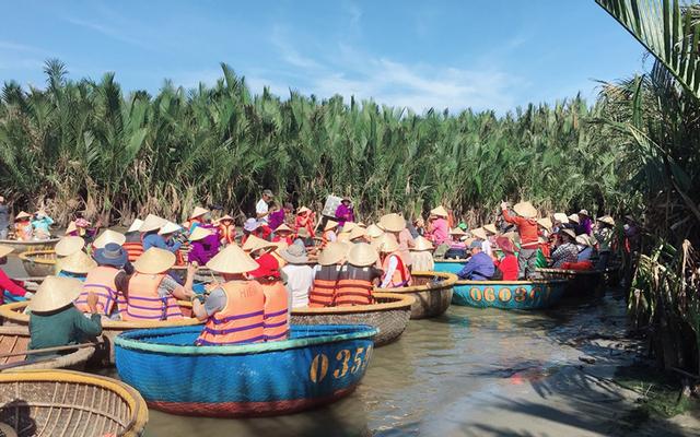 Coconut Boat DL Tour