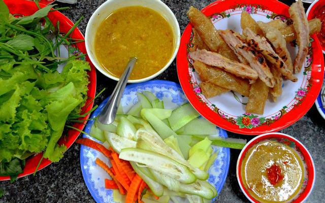 Nha Trang Quê Tôi - Nem Nướng, Bún Chả Cá & Gỏi Sứa - Quang Trung