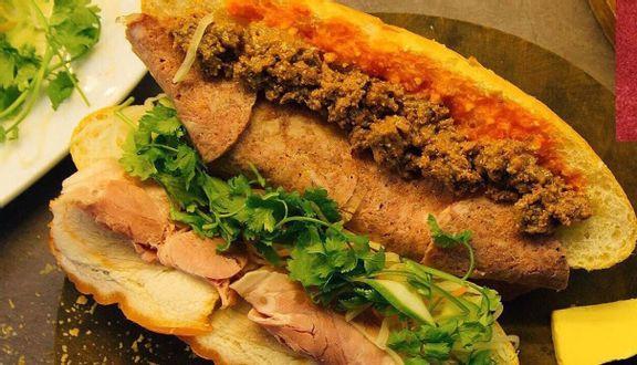 Bánh Mì B+ - Trương Định