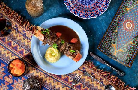 Amun Restaurant & Lounge