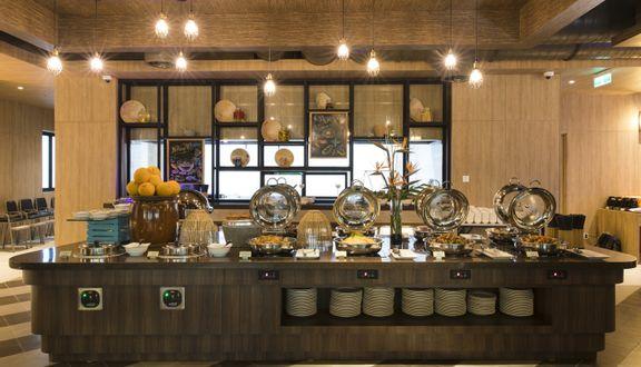 StrEATs Bar & Grill - Ibis Styles Hotel