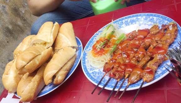 A Tùng - Bánh Mì Bò Nướng Bơ Cambodia - Lê Hồng Phong