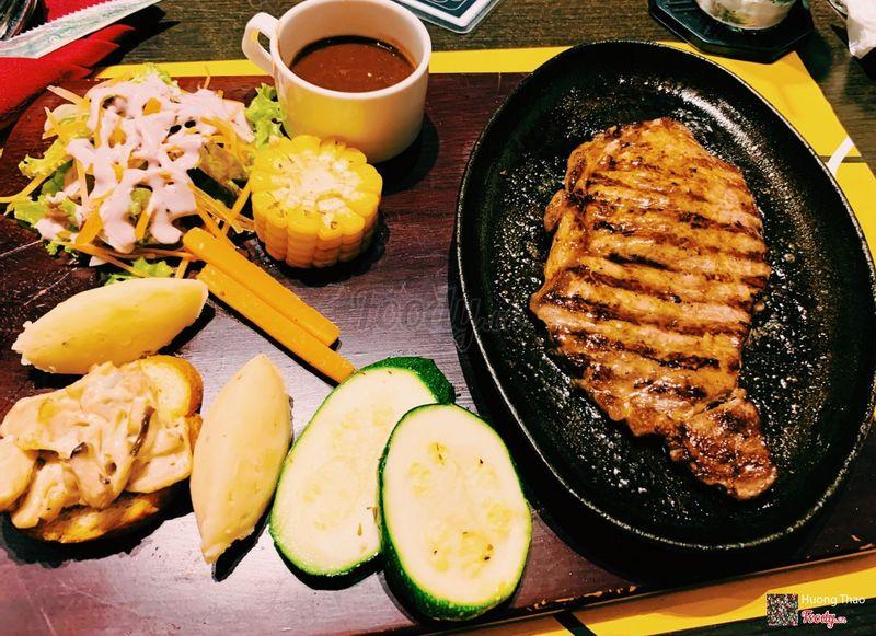 Bò Kobe chín vừa