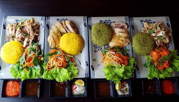 Bếp Gà Á Đông - Cơm Gà & Phở Gà