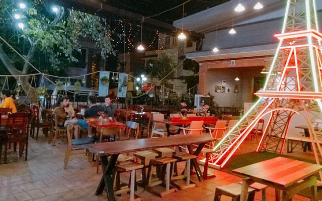 Le Cafe - Y Bih Aleo